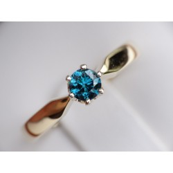 GOLD RING DIAMOND BLUE 0,45 CT
